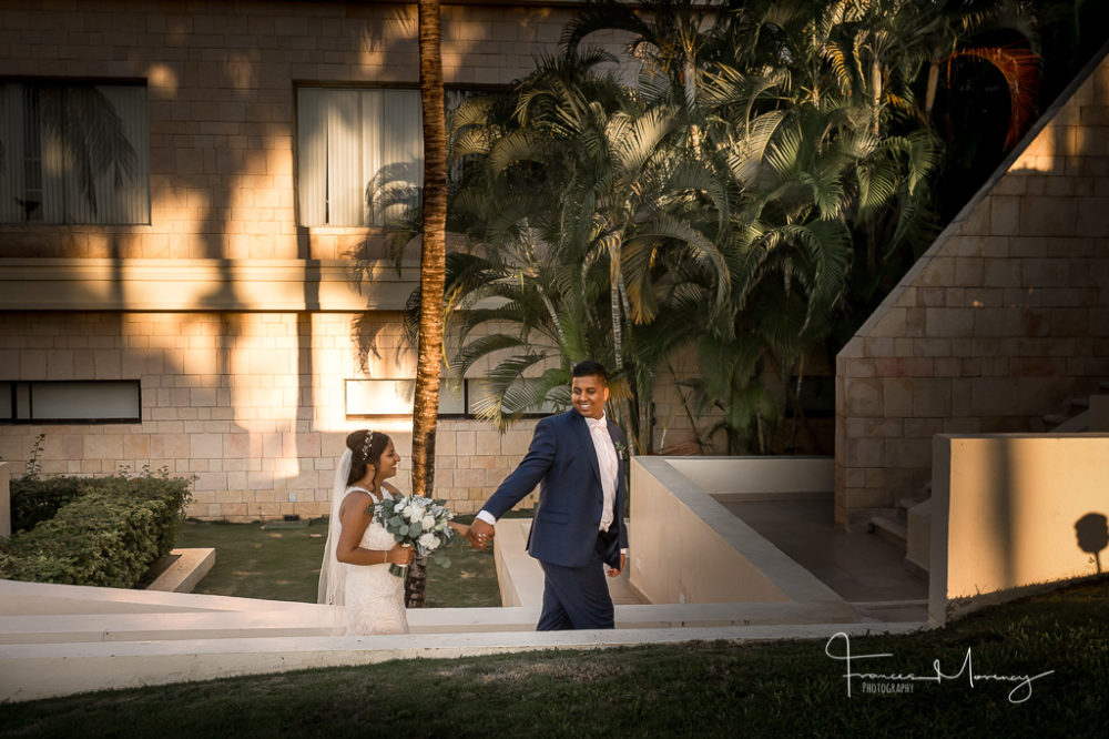 Mexico resort wedding photographer