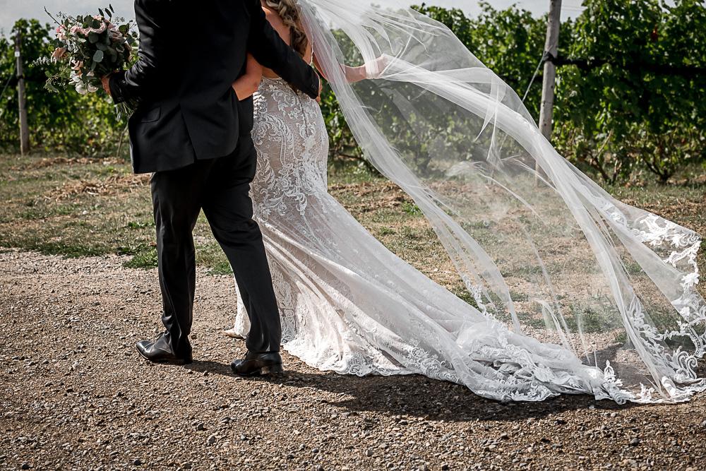 bride groom walking away details