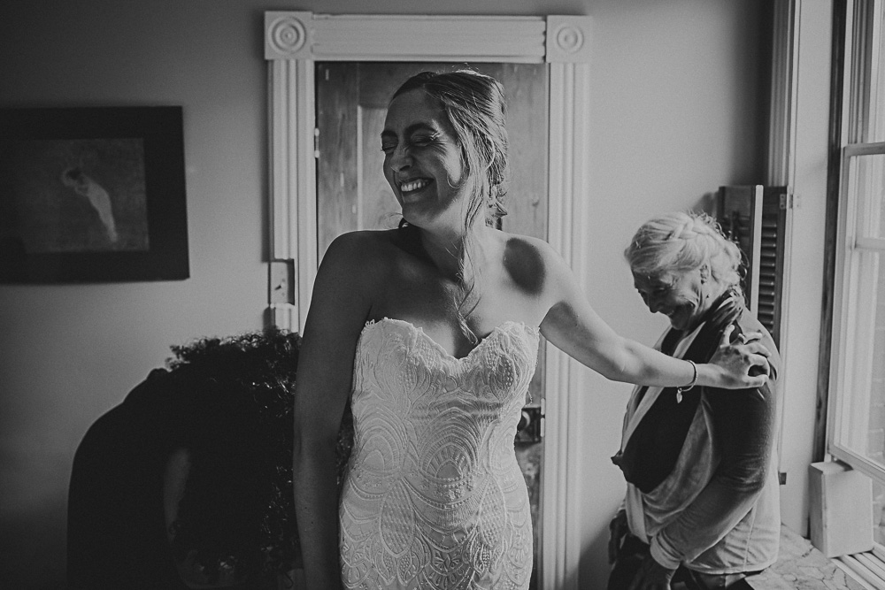 daughter with mom during getting dressed