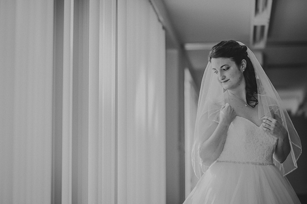 bridal portrait window light