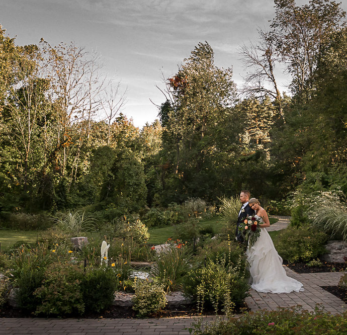 Caledon Inn Wedding Photography