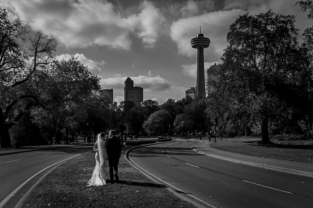 Rambler's Rest Niagara Falls Wedding Sneak Peek