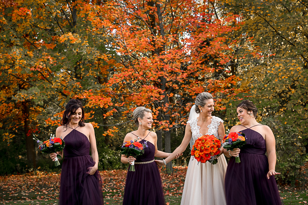 bridesmaids with fall colour